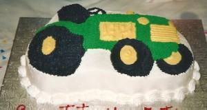 Gâteau anniversaire tracteur